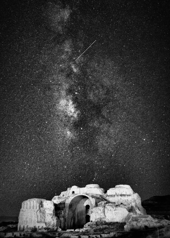 MILKY way at the top of FIROOZABAD palace (Black and White) by Aria Aref