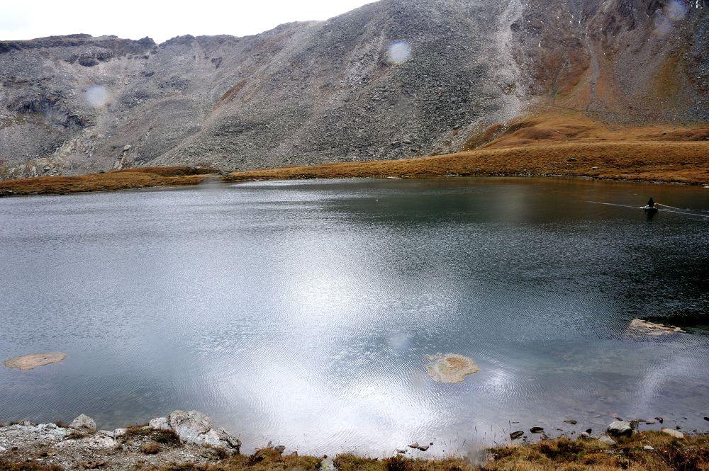 Lago di Djuoan Gran Paradiso Italy by mariocinguino
