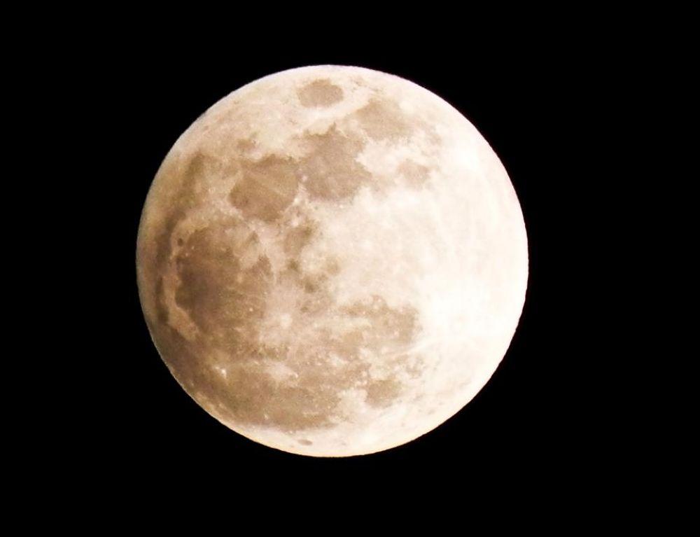 Super moon by Krissh