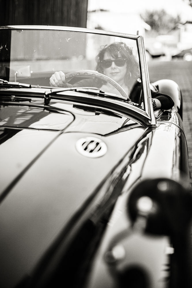 Photo in Portrait #mga #oldtimer #b/w #black & white #woman #available light #sunglasses #outdoor #portrait