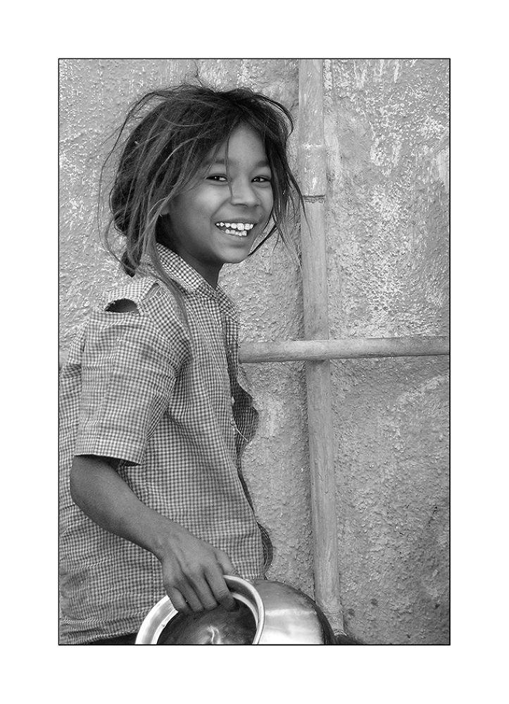Ihr Lächeln ist ihr Reichtum by andreasnapravnik