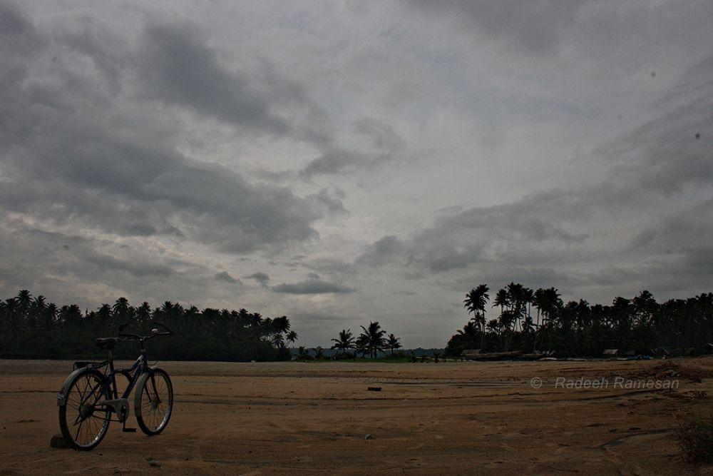 Monsoon Clouds  by radeeh