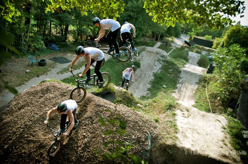 360 jump serial at the Dirtgarden Vienna by FreakshotPhotography