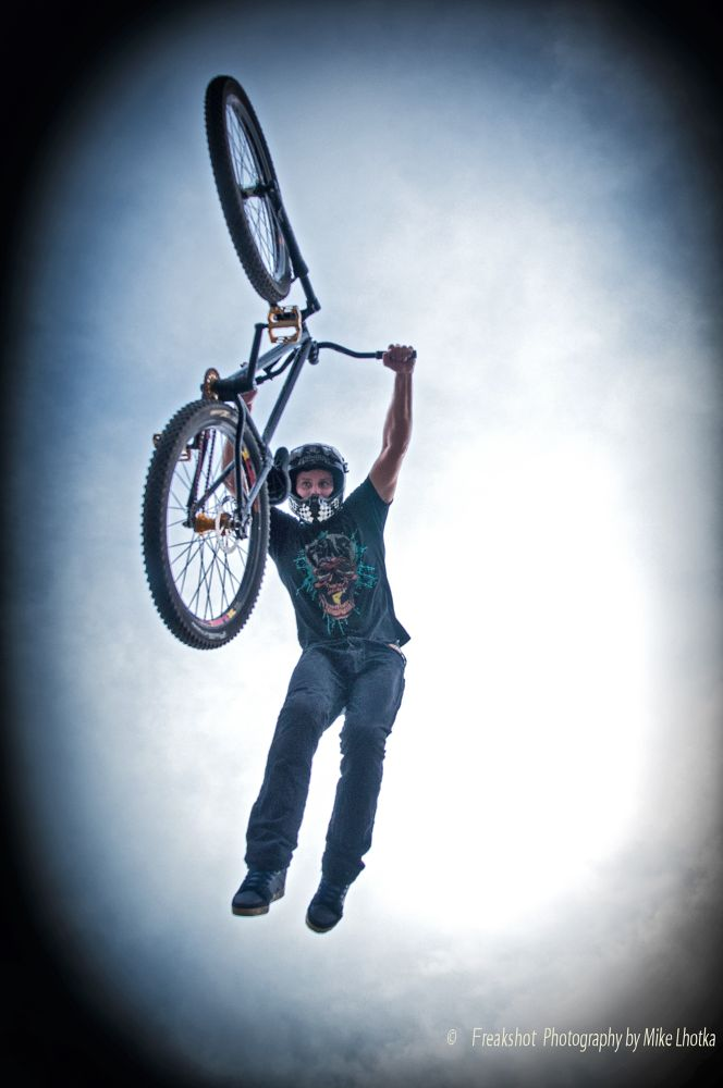 Superman Dirtjump Action in Vienna by FreakshotPhotography