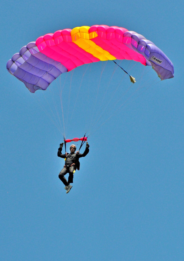 Parachute by FreakshotPhotography