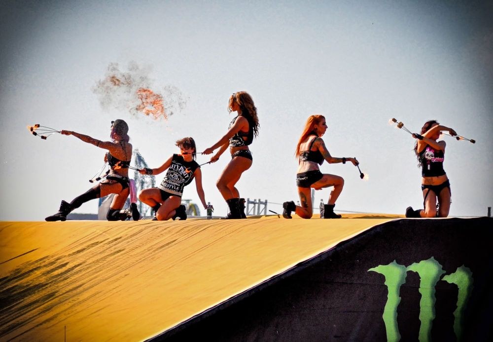 FUel girls by FreakshotPhotography