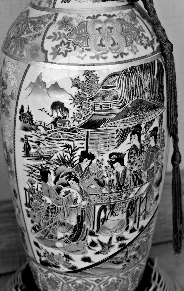 Chinese vase  by JerryScott