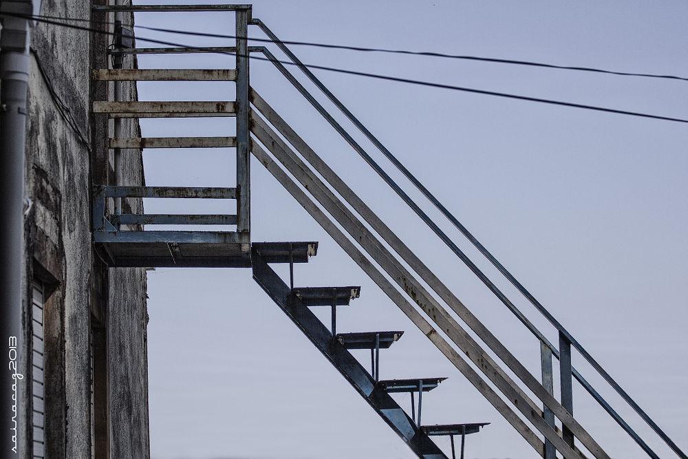 Escalera by ZacariasAbad