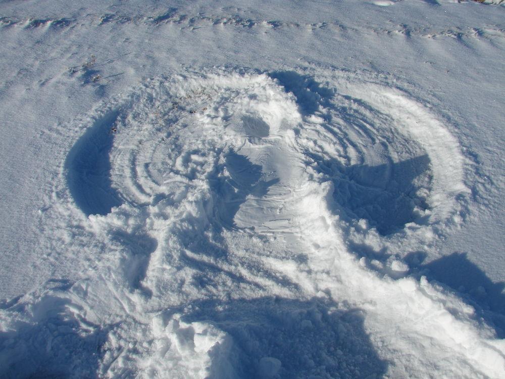 Snow Angel by Rndmtn