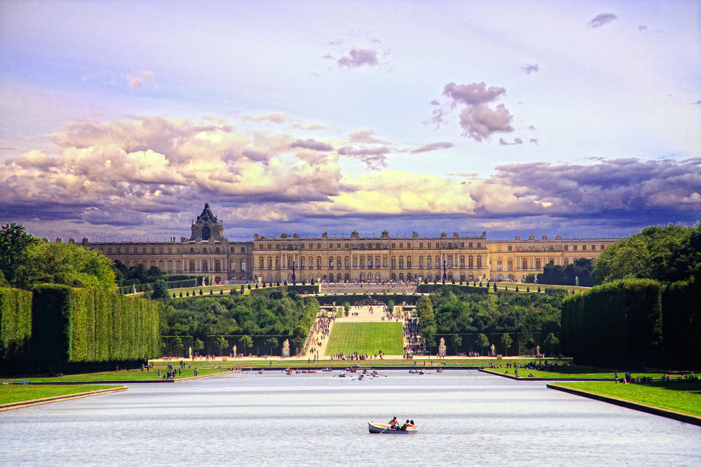 Versailles castle by klepherone