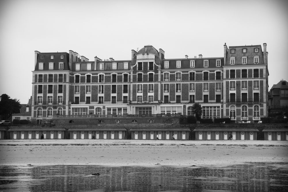 Old Hotel by TheKaddi