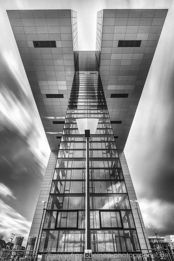skyscraper by frankheinenphotographer