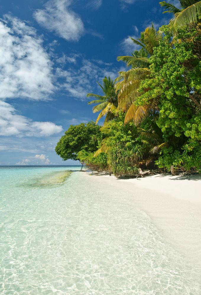 Madoogali Island - North Ari Atoll - Maldives 2012 by etdjtpictures