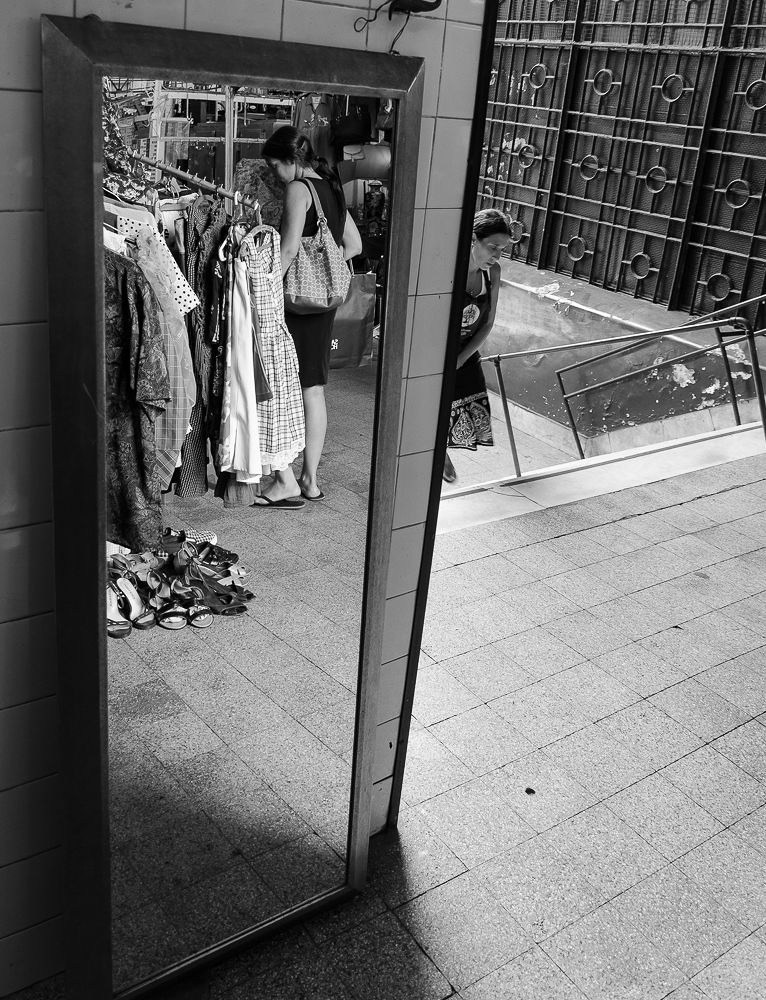 Mirror by fabianffoto