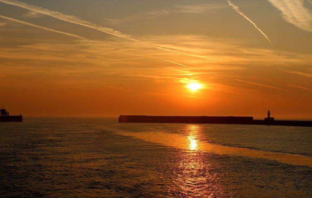 sunset  by manuwa