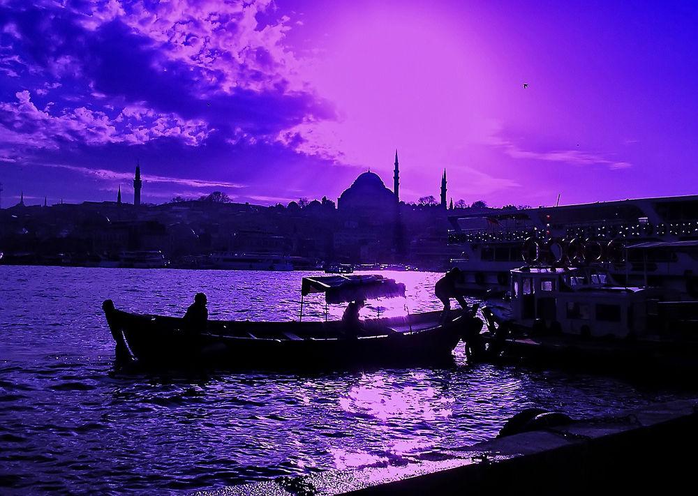 eminönü-istanbul-turkey by atak1