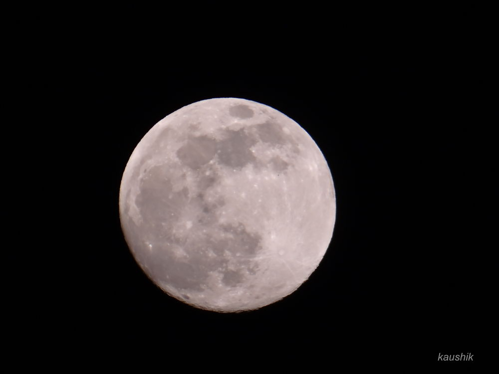 THE BRIGHT MOON WAS MORE CLOSE TO EARTH ON 22/06/2013 by Kaushik