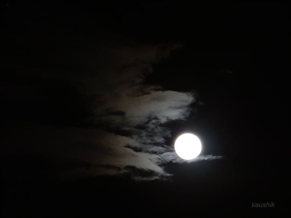 THE BRIGHT MOON WAS MORE CLOSE TH EARTH ON 22/06/2013 by Kaushik