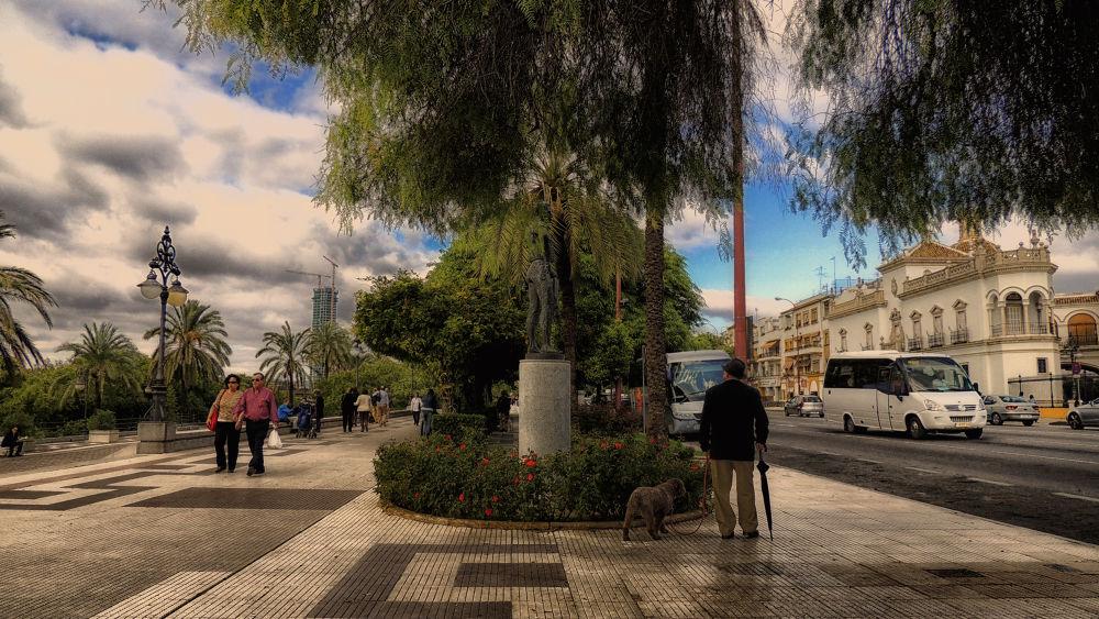 Sevilla España by lolacamachotroyano