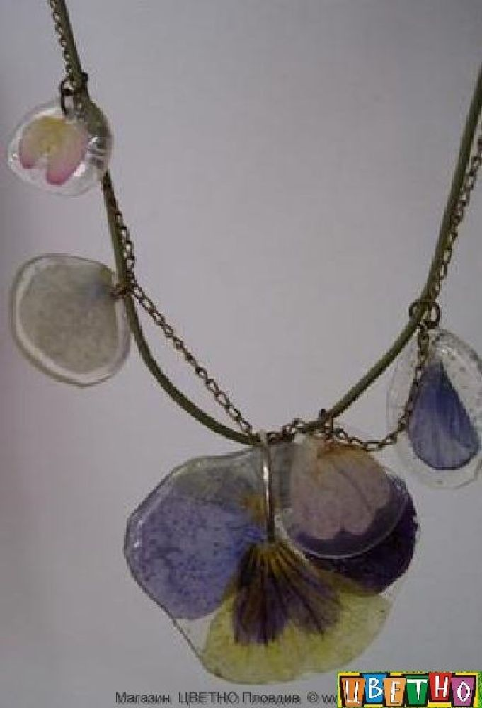 necklace  by real flowers by CvetnoPlovdiv