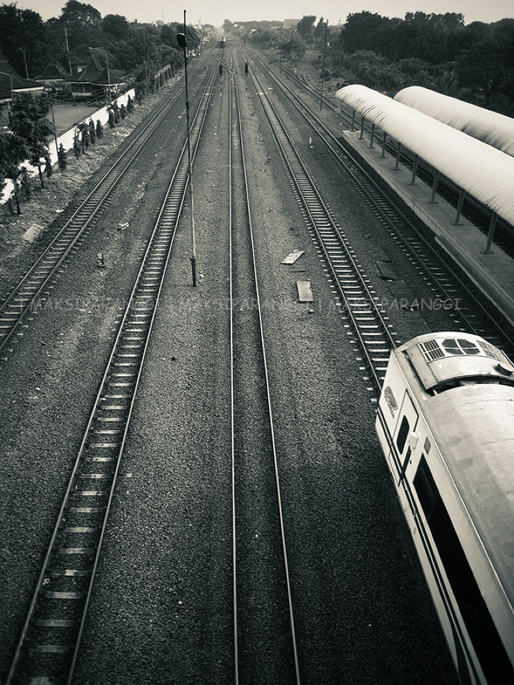 long railway.jpg by maksiparanggi