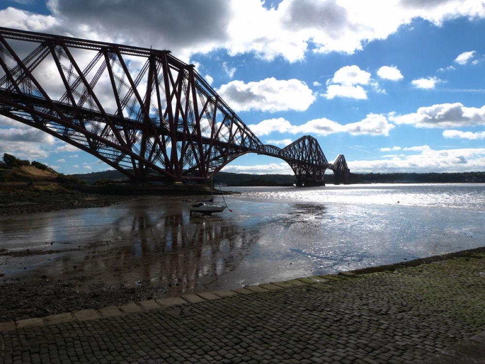 The forth rail bridge  by Bruce Summerton