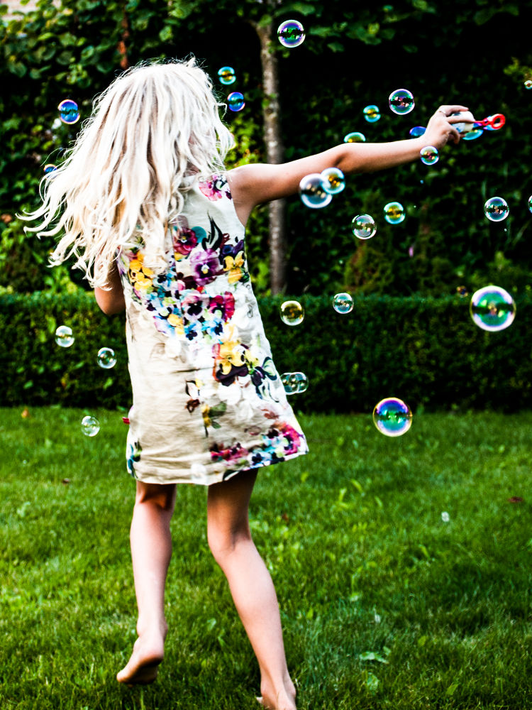 Bubble-fun by DorotheaBoonstra
