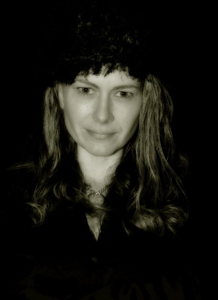 Self portrait by Jodi Donkel
