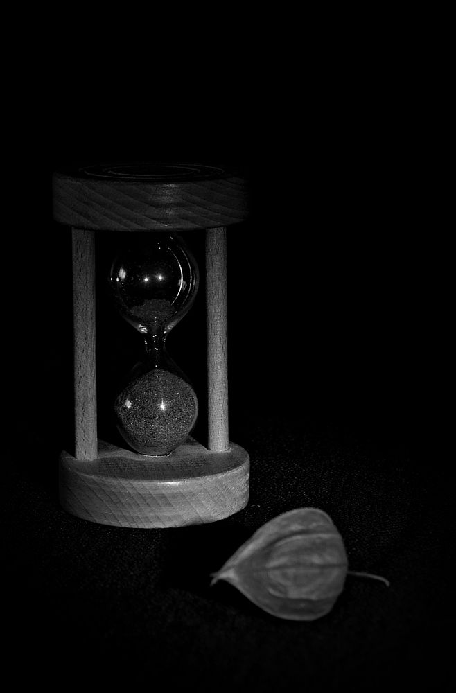 time passes by MCAdel