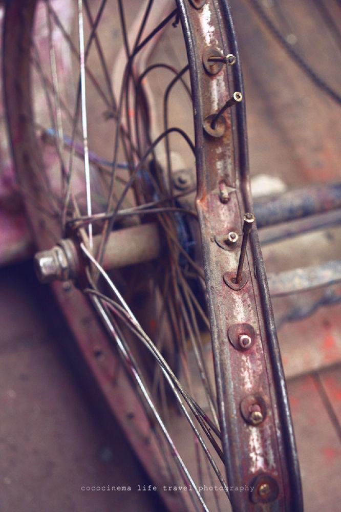 Photo in Random #broken #india #bike #asia #travel #wheel #varanasi #benares #street