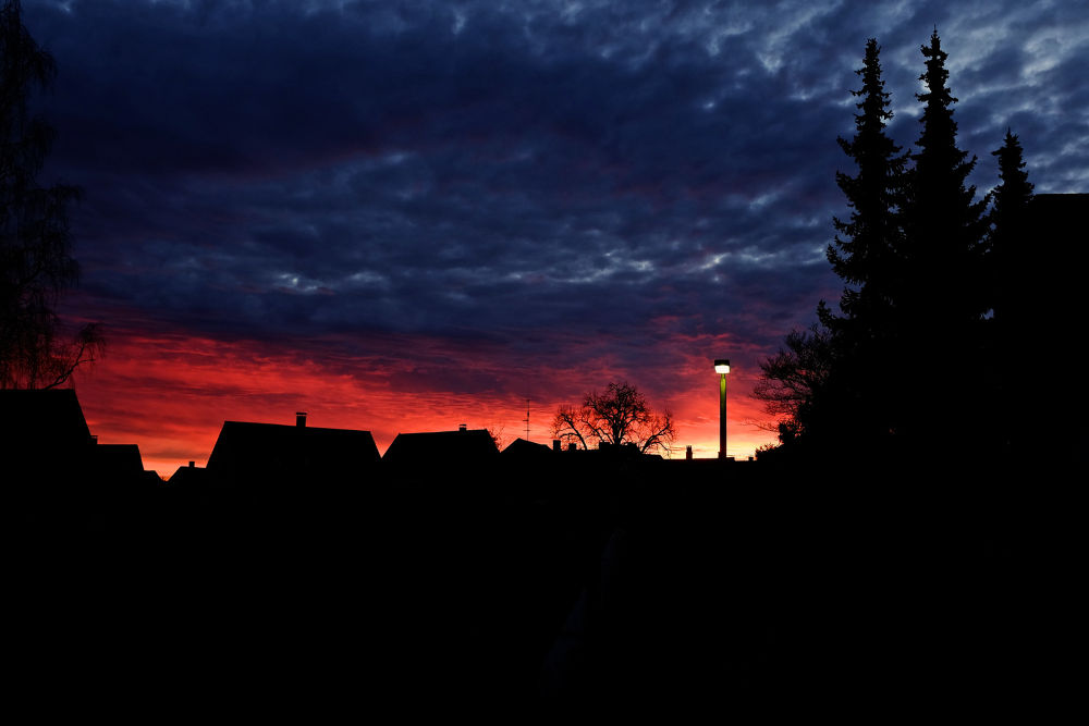 The sky is on fire by stockografie