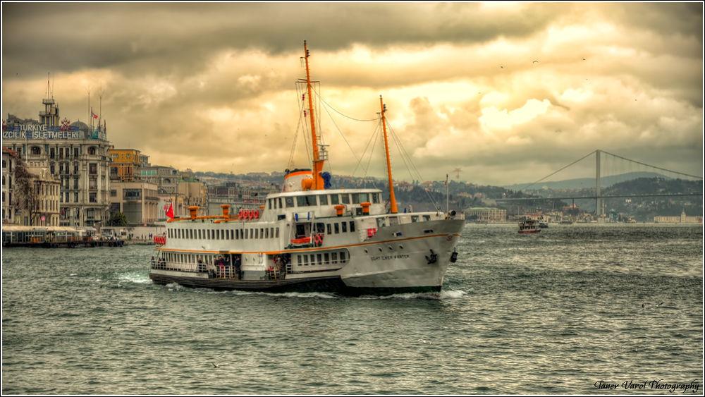 Photo in HDRI #vapur #galata köprüsü #karaköy #liman #eminönü #iskele #istanbul boğazı #istanbul #türkiye #d7000 #vr18-105g