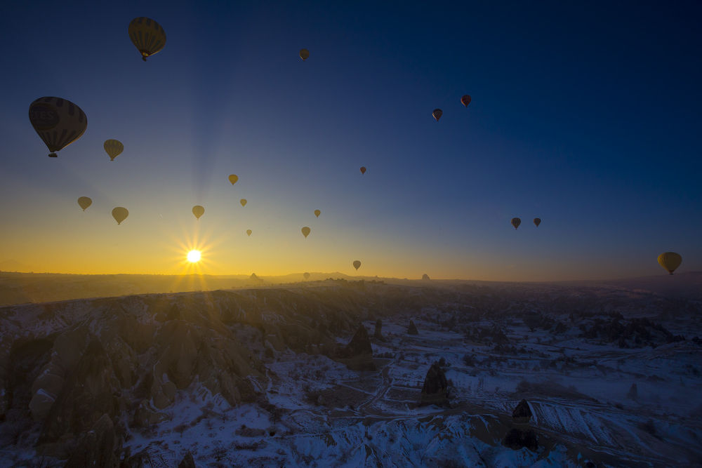 Balloons by Artur Dudka