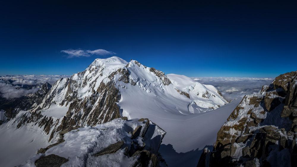 Photo in Landscape #mont blanc #monte bianco #alps #alpi #alpinism #france #hiking #summit #mountains