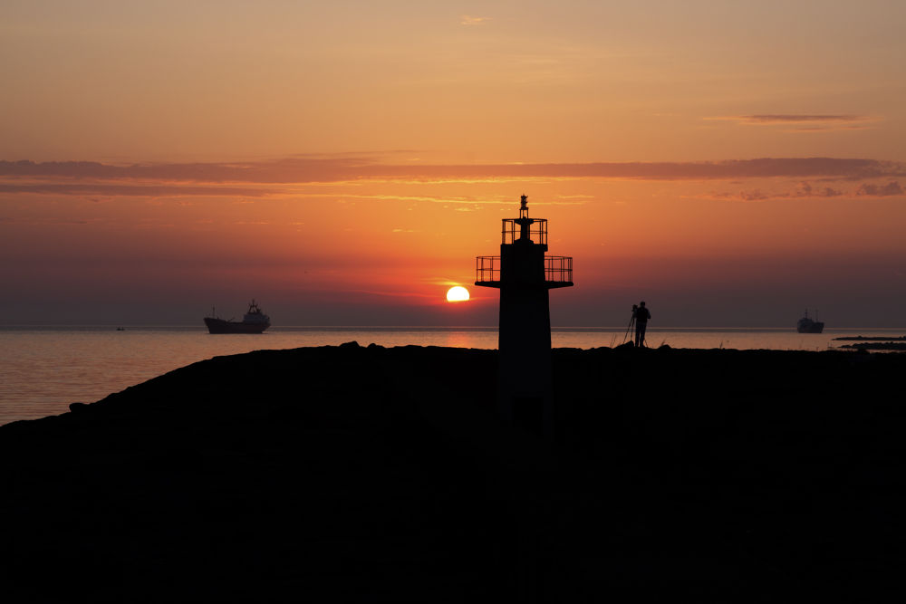 sunrise by iakyol34