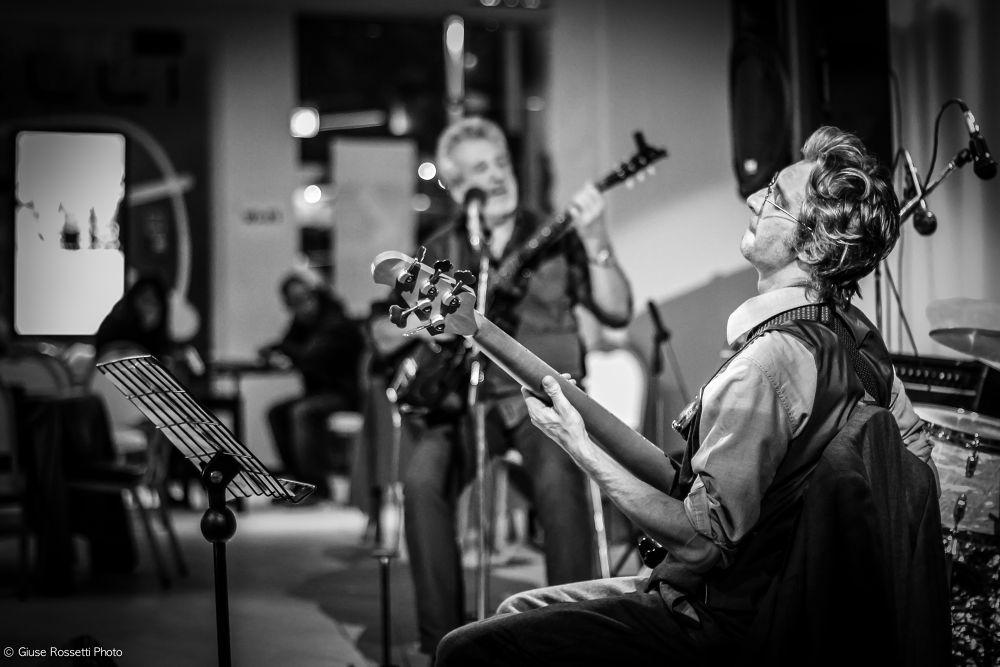 Photo in Random #enzo frassi #flaco biondini trio #latineando