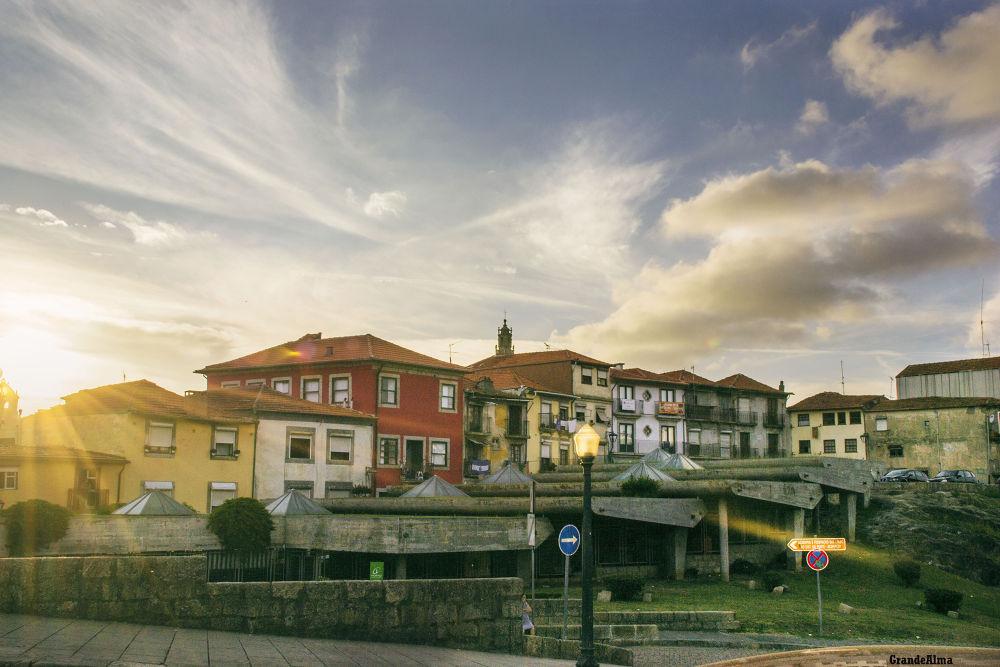 Telhados do  Porto 2 by mikopakII