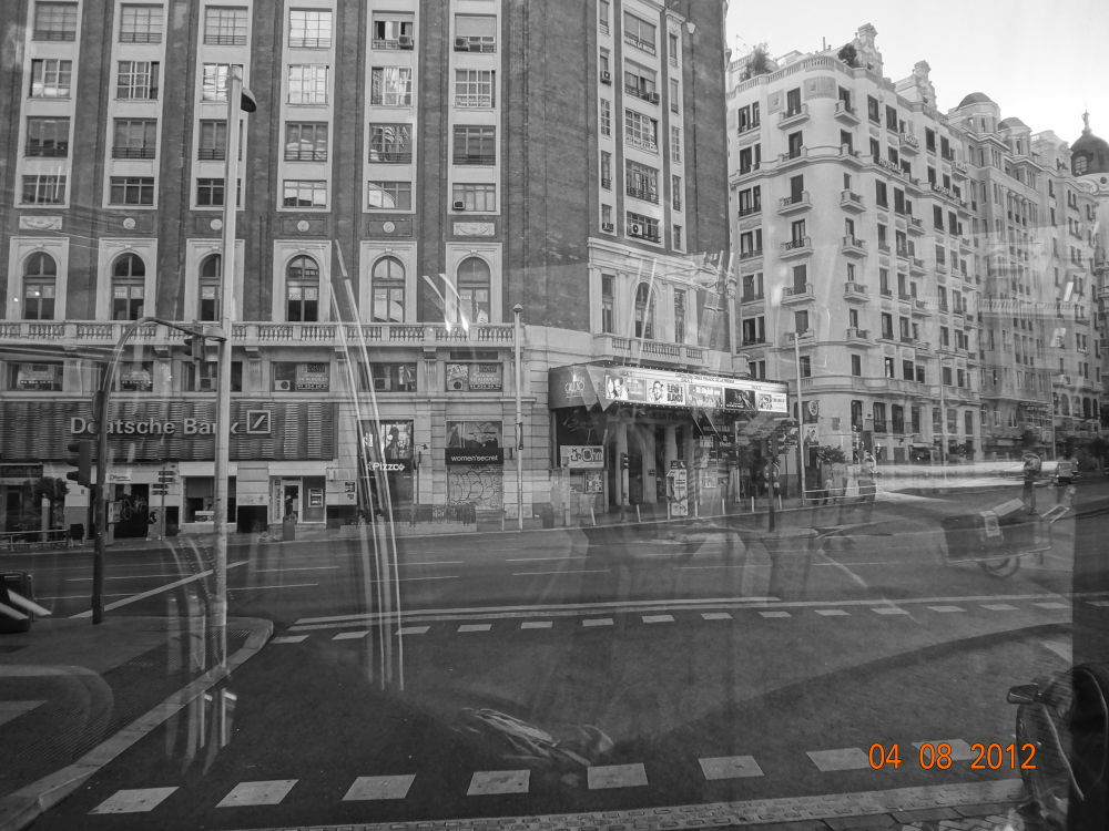 gran via  by GeorgiaKom