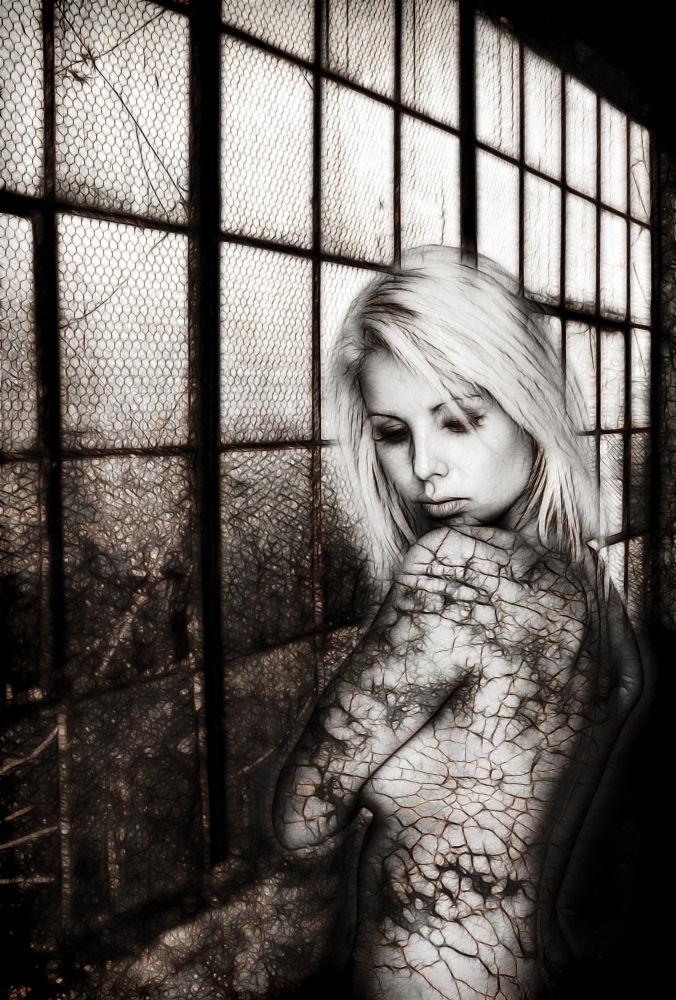 Hidden Beauty by ShutterSpeed