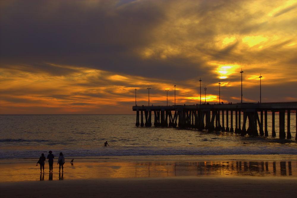 Venice Beach by Beom Photo