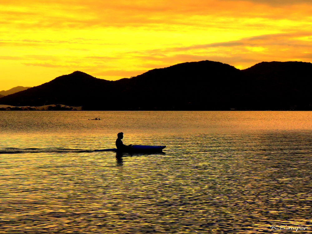 canoe solo.jpg by robertosamper
