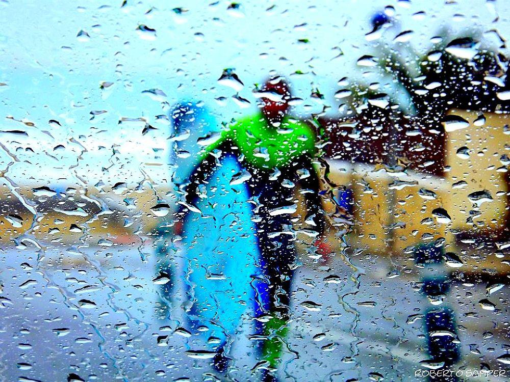 rain.jpg by robertosamper