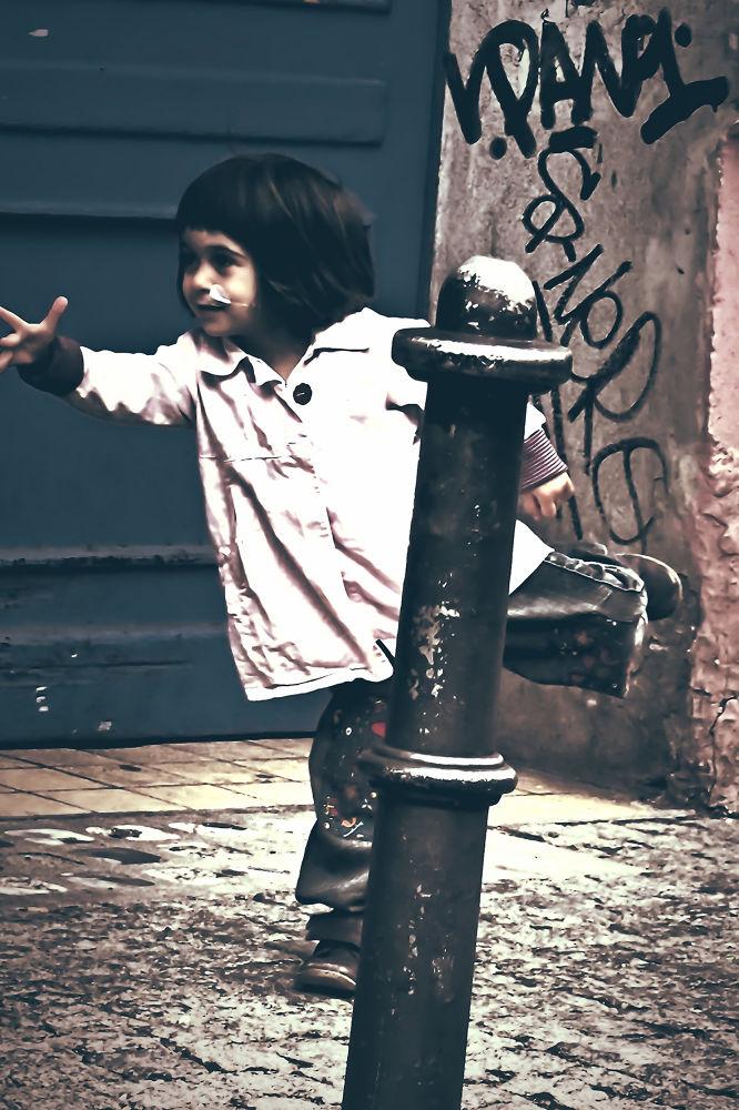 streetdancer.jpg by joia