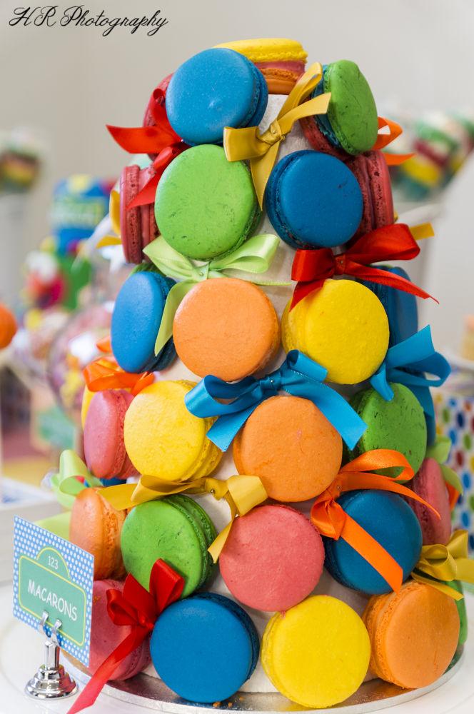 colourful treat by Hanna Saba
