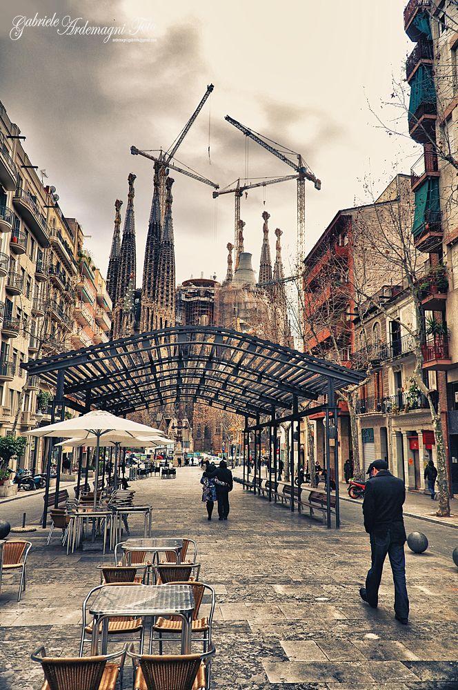 barcelona sagrada familia 1 by gabrieleardemagnifoto