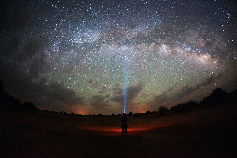 light to sky  by Kaimana