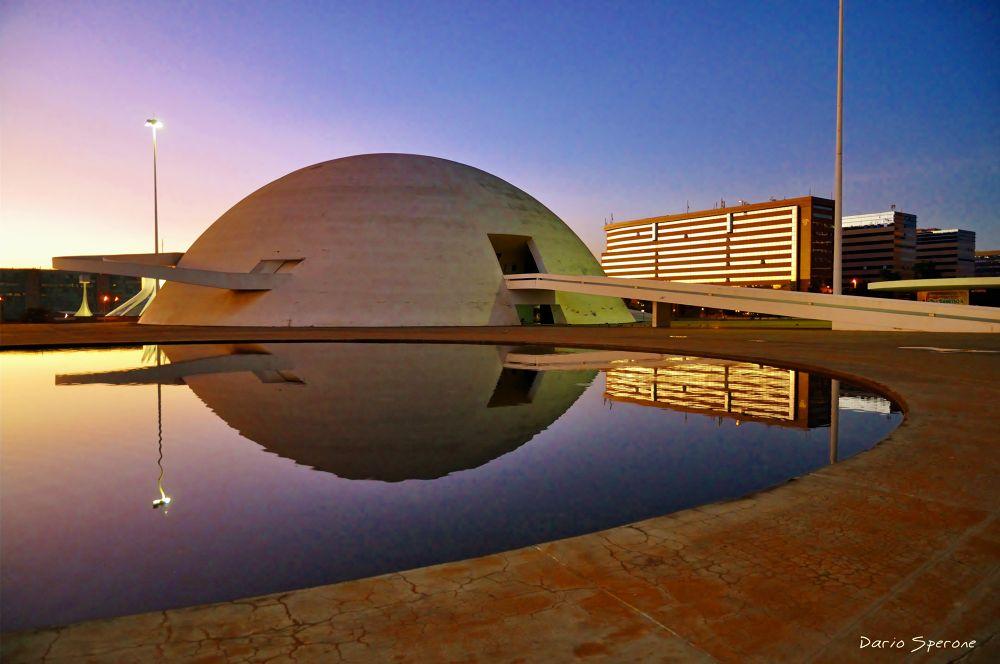 Museo nacional de Brasilia-DF by dariosperone