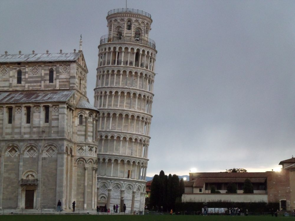 Pisa tower by comanvic22