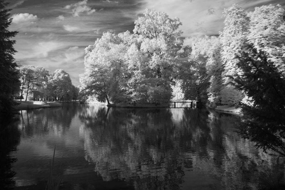 IR-lake by Louis1970