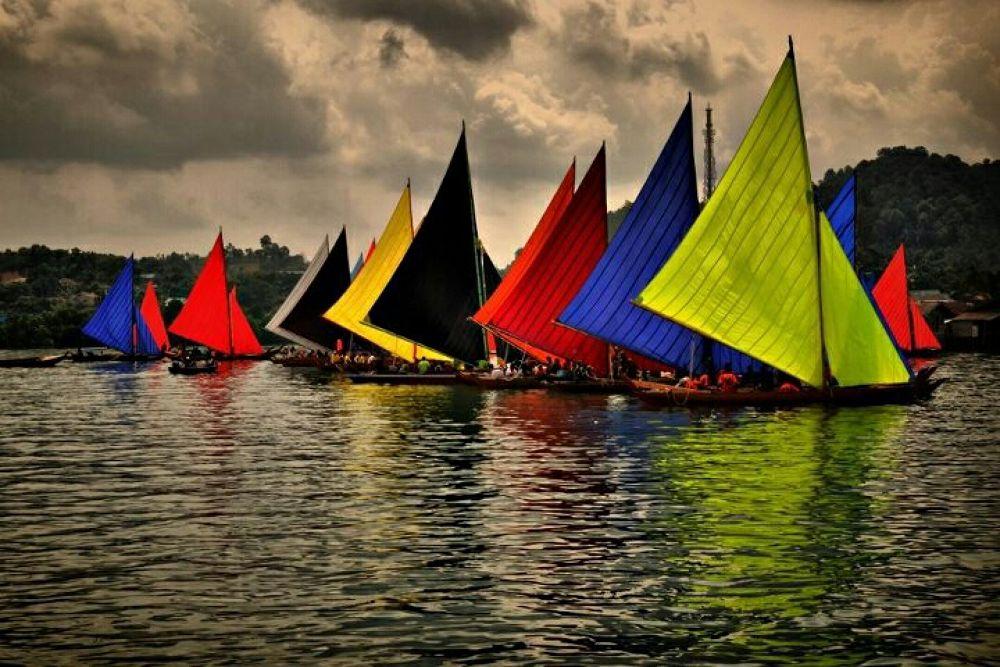 Boats Race by rizkimayendra